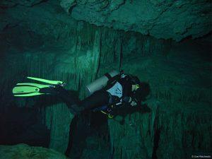 Eva Höhle Yucatan